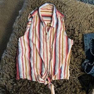 Aeropostale size M front tie blouse 👚